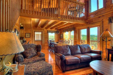 6 bedroom cabins in pigeon forge tn pigeon forge vacation rentals cabin spacious 6 bedroom cabin rental in pigeon forge tn