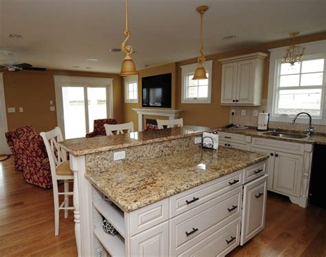 Kitchen Countertops With White Cabinets by White Kitchen Cabinets With Granite Countertops Photos