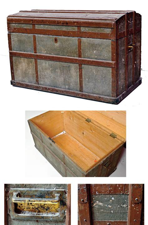 restaurare mobile legno simple restaurare un baule u comuera prima with restaurare
