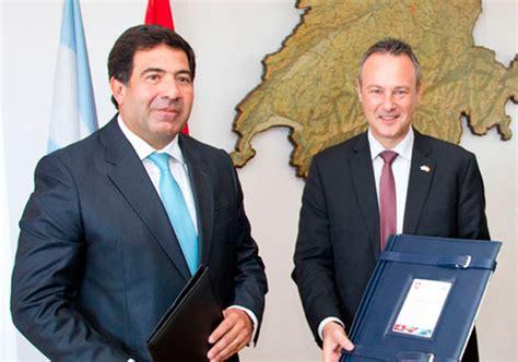 que el convenio entrara en vigor el proximo 26 de febrero de 2016 argentina y suiza terminan el secreto bancario y fiscal