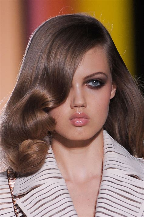 hairstyles for small mouth hairstyles for small mouth the best and strangest beauty