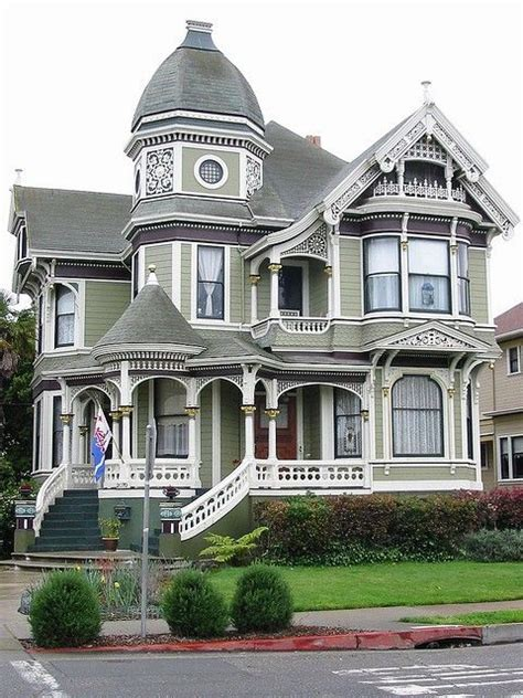 modern victorian house 1000 ideas about modern victorian homes on pinterest