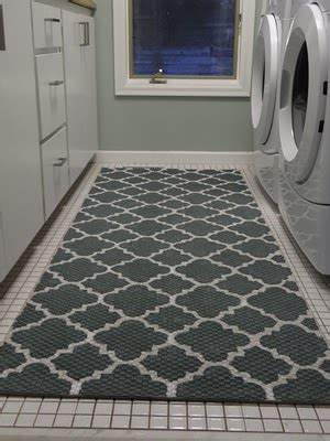 Laundry Room Rug by Want This Rug In Laundry Laundry Room
