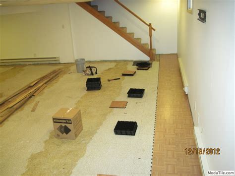 basement flooring oak wood vinyl interlocking floor tiles