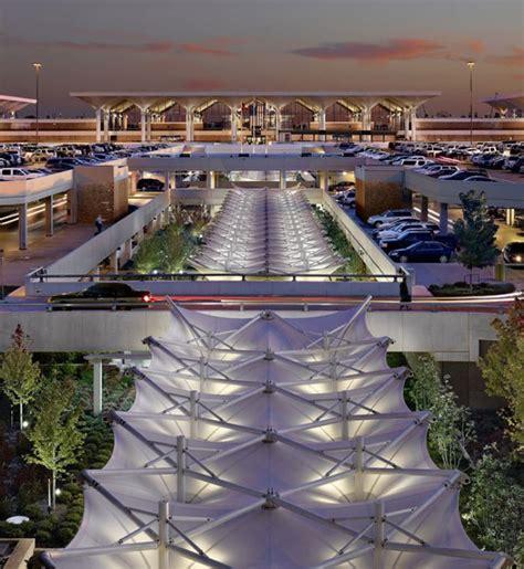 philadelphia international airport parking garage