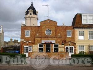 old boat house pub the old life boat house in clacton on sea pubs galore