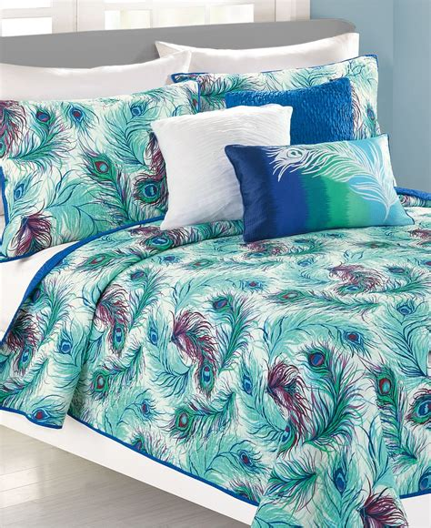 Peacock Feather Comforter Set by Bedroom Outstanding Peacock Bedding For Bedroom Decoration Ideas Stephaniegatschet