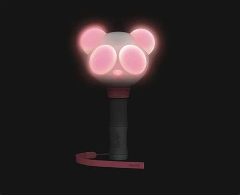 blackpink official lightstick controversy regarding light stick of gfriend being too