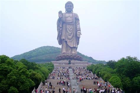 el pedestal de las estatuas las 10 estatuas m 225 s altas mundo beevoz