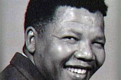 biography nelson rolihlahla mandela nelson mandela biography mandela country e tv