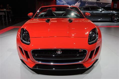 imagenes de vehiculos jaguar jaguar f type es el deportivo m 225 s peque 241 o del fabricante