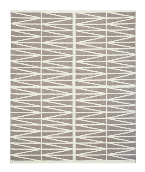 brita sweden teppich cococozy new to market zig zag rug from sweden