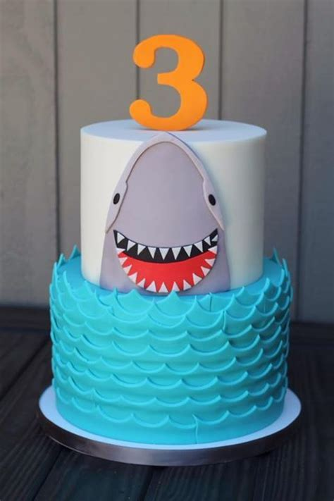 ideas  shark cake  pinterest shark cupcakes sharks  shark party