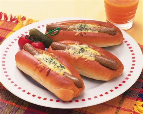 broil dogs how to broil hotdogs in a convection oven livestrong