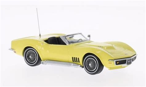 cars characters yellow c5 corvette die cast yellow autos post