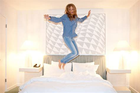 best hotel beds secrets of the world s best hotel beds wsj