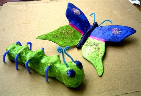 How To Make Paper Mache Butterfly - papier m 226 ch 233 caterpillar and butterfly craft ideas