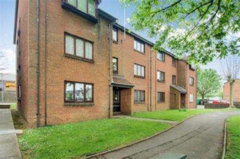 two bedroom flat cardiff newport road cardiff 2 bedroom flat for sale cf24