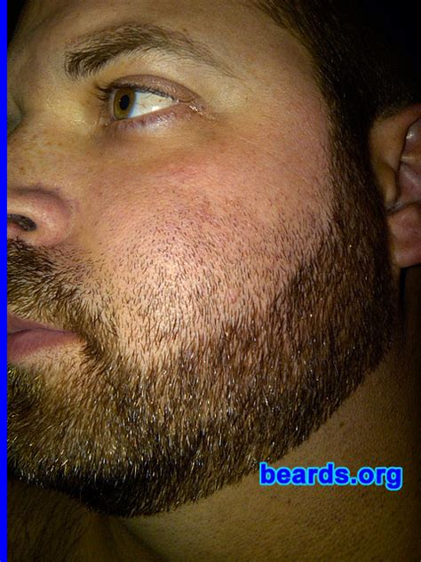 choosing a cheek line for your full beard all about beards natural cheek line beard short hairstyle 2013