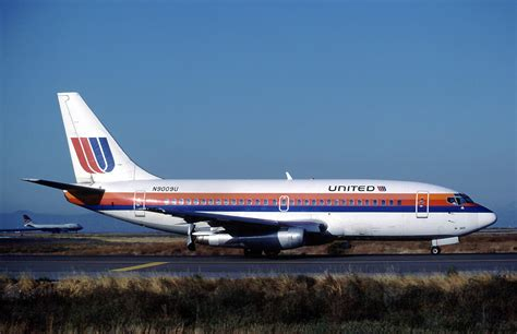 united airlines wikipedia file united airlines boeing 737 222 marmet jpg wikimedia
