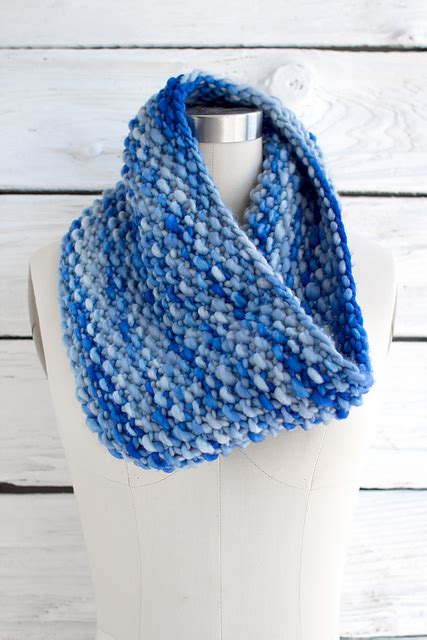 free cowl knitting patterns with bulky yarn knitting patterns galore weekend cowl