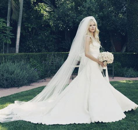 Avril Lavigne On A Stylish Wedding by Wedding Dress Avril Lavigne Clad In A Vera Wang Gown