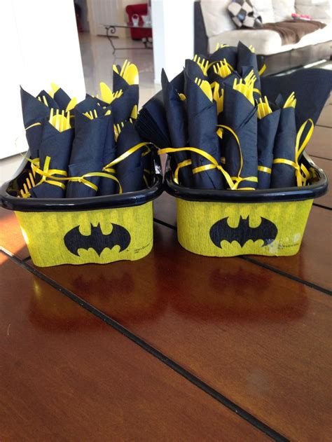 batman birthday party images  pinterest batman birthday parties superhero party