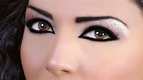 eyeshadow tutorial for small eyelids 10 important makeup tips for small eyes diva likes