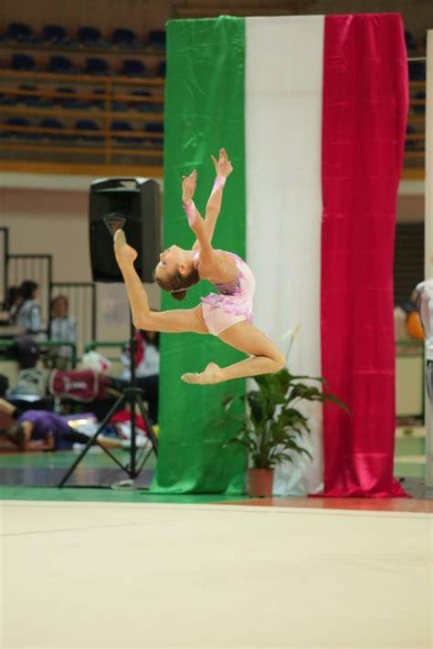 cionato italiano assoluti ginnastica ritmica ginnastica ritmica grande successo per i campionati