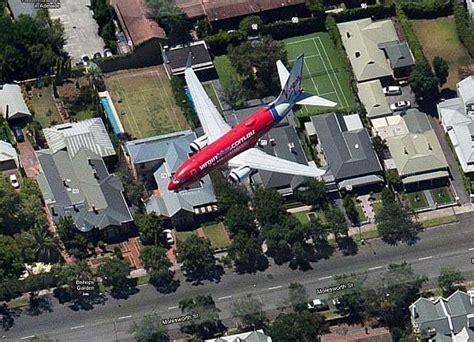 imagenes sorprendentes desde google maps sat 233 lite de google earth capta tr 225 fico de aviones