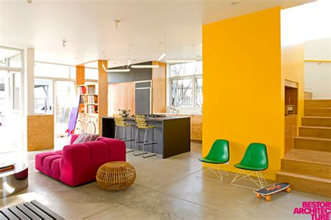 modern home interior color schemes pintar una pared de color amarillo