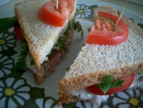 veranda nasıl yapılır sandvic ekmekleri ve etkinlik resimli yemek tarifleri