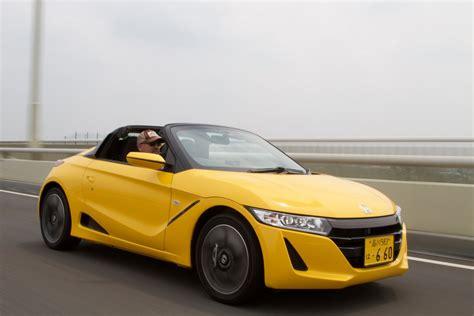 honda roadster 2016 honda s660 roadster drive review motor trend