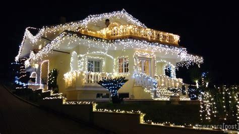 illuminazione di natale per esterni illuminazione natale per esterni home design e