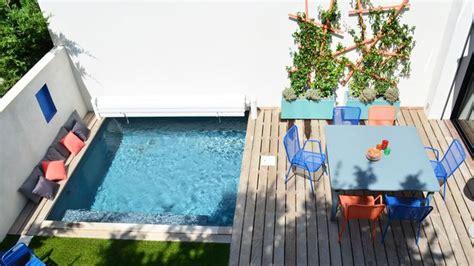 comment faire une cuisine ext駻ieure sol terrasse choisir rev 234 tement de sol en bois