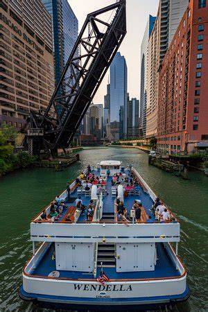 wendella sightseeing boats chicago 2018 all you need - Wendella Boats Address