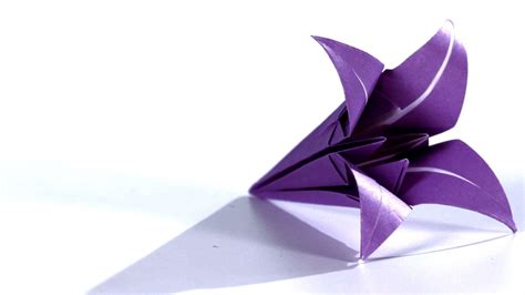 How To Make A Paper Lilly - how to make a origami
