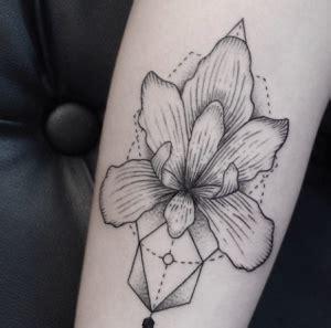 tatuaggi fiori orchidea tatuaggio orchidea significato ed immagini passionetattoo