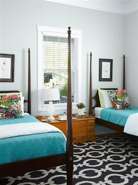 mackenzie pages fixer upper on hgtv and how to get the look makeover of a 1917 cottage hgtv