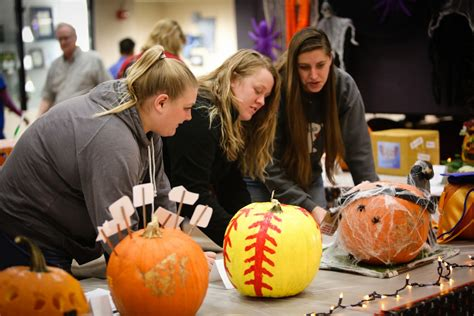Giveaway Winner Picker - pumpkin carving contest winners announced dctc news