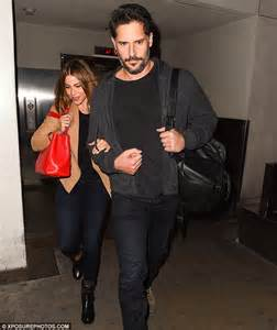 Jo In Mat M Intl not letting go sofia vergara holds with fianc 233 joe