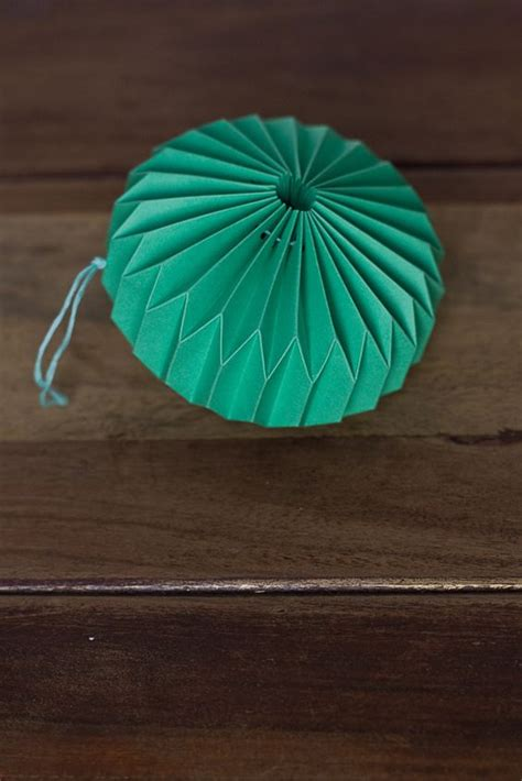 Origami Ornament - diy paper things pretty paper lanterns origami paper