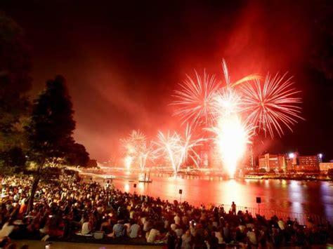 new year celebration around the world new year 2017 celebrations around the world