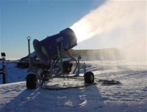 getting the perfect mix how snow makers work howstuffworks