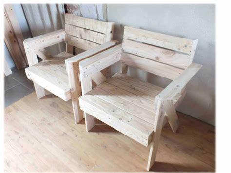 pallet armchair fauteuils en bois de palette pallet armchair 1001 pallets