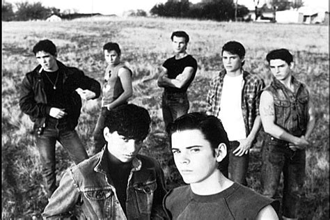 rob lowe patrick swayze made tom cruise look lobotomized the outsiders ralph macchio c thomas howell matt