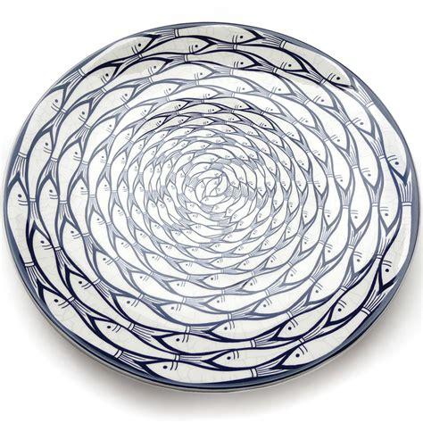 plate pattern finder indigo blue and white patterns part i find the details