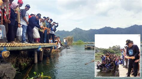 Joran Pancing Di Bali kumpul dengan jurnalis hobi mancing menteri puspayoga lepas bibit ikan di bali