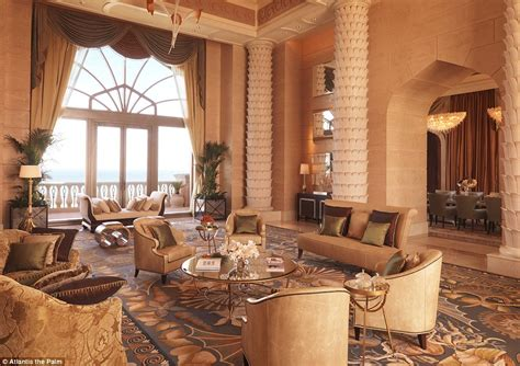 atlantis dubai rooms visits yuan restaurant during at atlantis in dubai daily mail