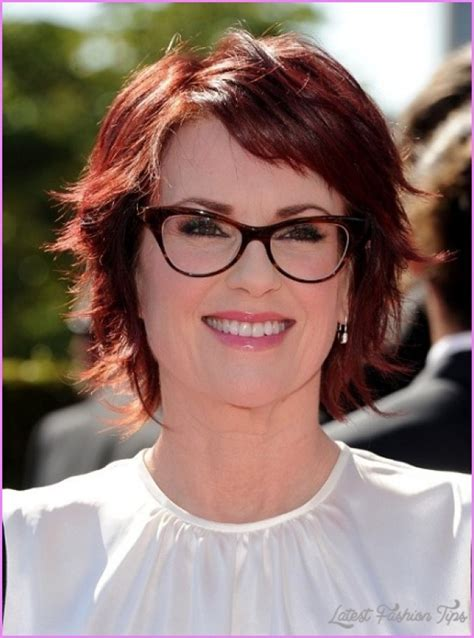 hair cuts for age 39 short haircuts for women over with glasses latest